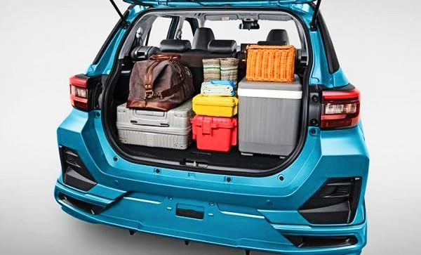 Khoang hành lý Toyota Raize